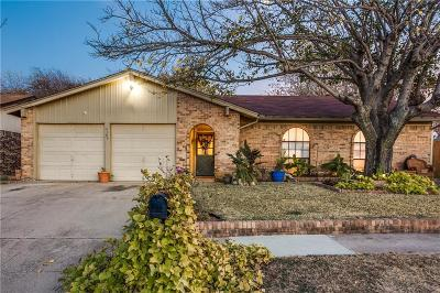 Watauga Single Family Home For Sale: 6204 Stardust Drive S