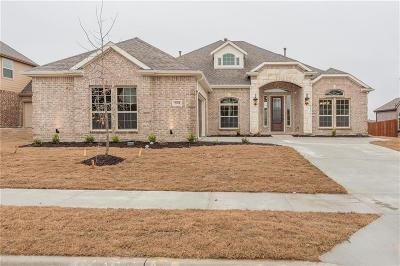 Sachse Single Family Home For Sale: 7911 Graystone