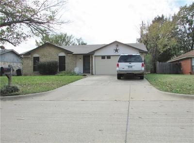 Mansfield Single Family Home For Sale: 917 Meadowlark