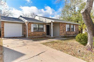 Fort Worth TX Single Family Home For Sale: $139,900
