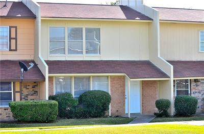 Mesquite Townhouse For Sale: 1825 Ridgeview Street
