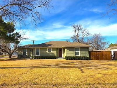 Grapevine Single Family Home For Sale: 807 E Texas Street
