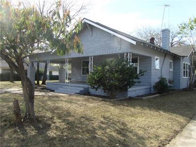 Fort Worth Single Family Home For Sale: 2700 S Jones Street