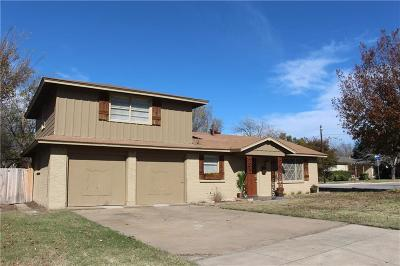 Haltom City Single Family Home For Sale: 4721 Ira Street