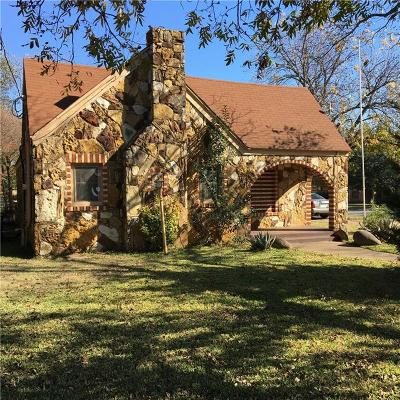Cleburne Single Family Home For Sale: 202 McAnear Street