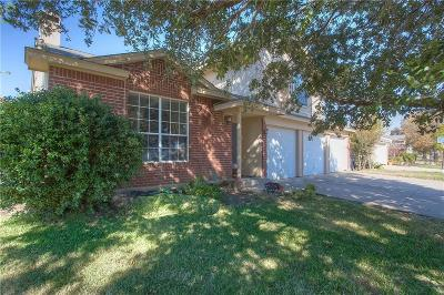 Fort Worth Single Family Home For Sale: 4904 Cedar Springs Drive