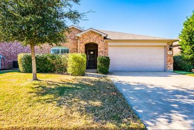 Fort Worth Single Family Home For Sale: 15905 Avenel Way