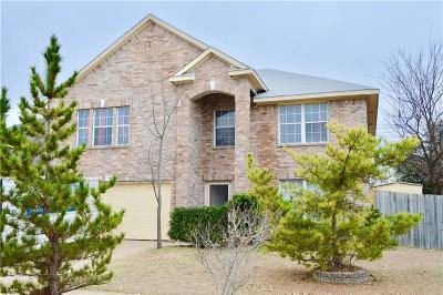 Cedar Hill Single Family Home For Sale: 1305 Greenleaf Court