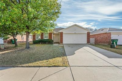 Cross Roads Single Family Home For Sale: 9108 Chisholm Trail