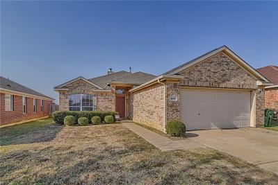 Arlington Single Family Home For Sale: 605 Tabasco Trail