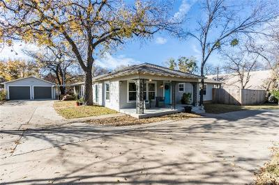 Grapevine Single Family Home For Sale: 526 Ball Street