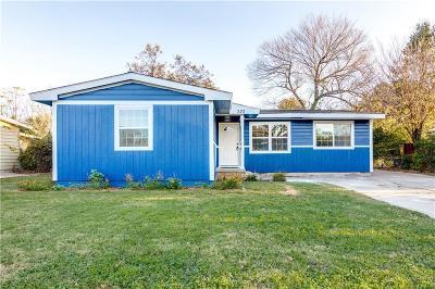 Hurst Single Family Home For Sale: 323 W Pecan Street