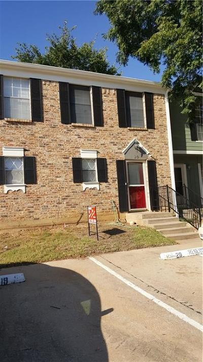 Euless Townhouse For Sale: 20 Abbey Road