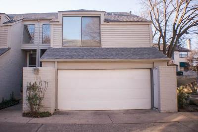 Dallas Townhouse For Sale: 5990 Lindenshire Lane #129