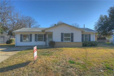 Arlington Single Family Home For Sale: 1705 Arbor Lane