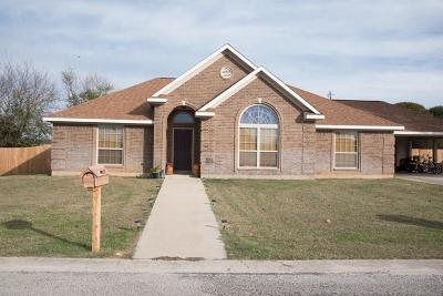 Comanche County Single Family Home For Sale: 104 Bunker Hill Street