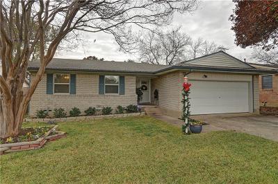Dallas Single Family Home For Sale: 8735 Graywood Drive