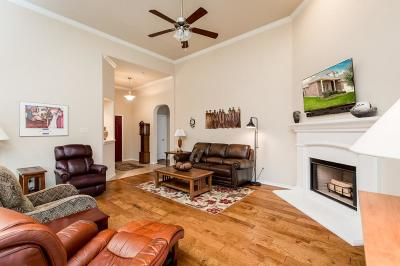 Weatherford Single Family Home For Sale: 2112 Caroline Drive