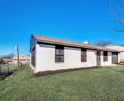 Dallas Single Family Home For Sale: 2923 Pine Trail Road