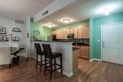 Dallas Condo For Sale: 2305 Worthington Street #207