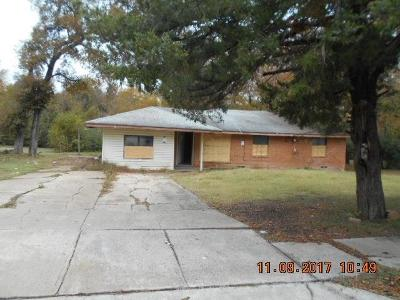 Dallas Single Family Home For Sale: 2841 Seaton