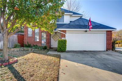 Grapevine Single Family Home For Sale: 1523 Ashwood Lane
