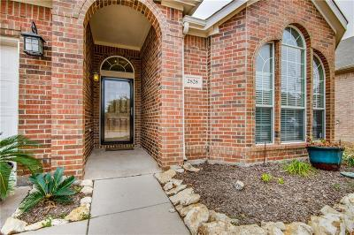 Fort Worth Single Family Home For Sale: 2828 Maple Creek Drive