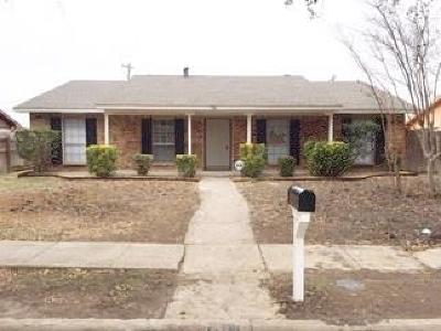 Grand Prairie Single Family Home For Sale: 738 Pinoak Drive