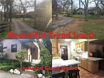 Fort Worth Single Family Home For Sale: 10209 Stubbs Trail