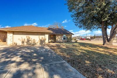 White Settlement Single Family Home For Sale: 8800 Las Vegas Court