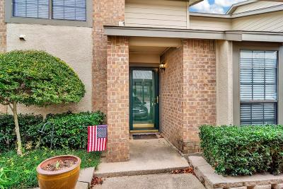 Hurst, Euless, Bedford Townhouse For Sale: 322 W Harwood Road #B