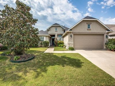 Residential Lease For Lease: 9513 Ravenwood Drive