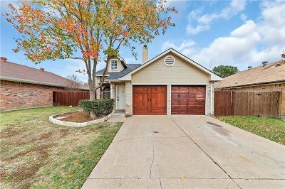 Arlington Single Family Home For Sale: 1427 Grovecrest Drive
