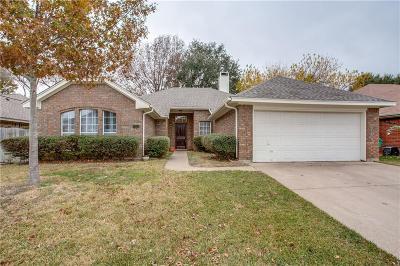 Watauga Single Family Home For Sale: 7013 Bernadine Drive