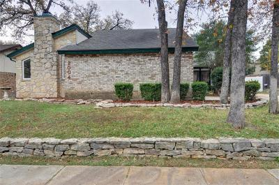 Arlington Single Family Home For Sale: 2004 Crooked Creek