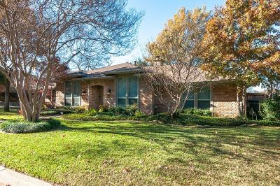 Arlington Single Family Home For Sale: 2606 Riveroaks Drive