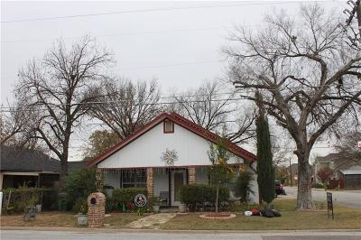 Grapevine Single Family Home For Sale: 625 E Worth Street