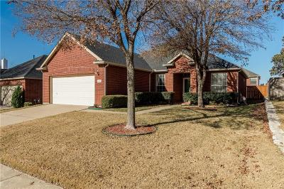 Mckinney Single Family Home For Sale: 6608 Courtyards Drive