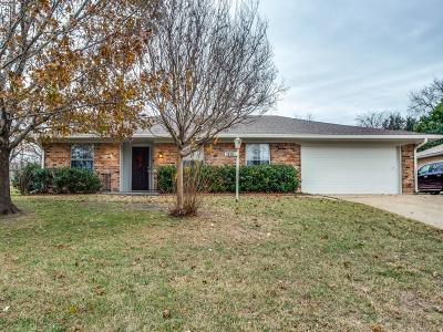 Fort Worth Single Family Home For Sale: 6321 Trail Lake Drive