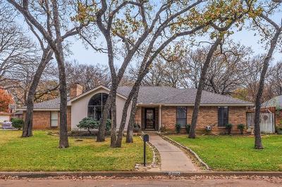Arlington Single Family Home For Sale: 4802 Burning Springs Drive