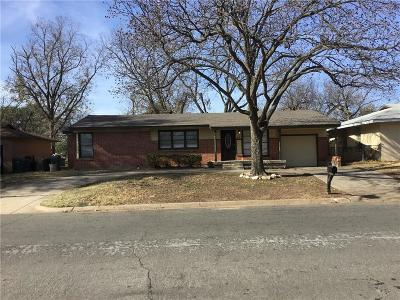 Hurst, Euless, Bedford Single Family Home For Sale: 617 Norwood Drive
