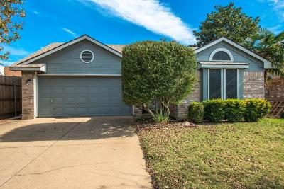 Fort Worth Single Family Home For Sale: 6724 Haltom Road