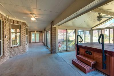 Fort Worth Single Family Home For Sale: 9303 Dosier Cove E