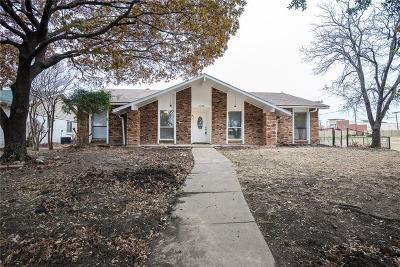 Mesquite Single Family Home For Sale: 1228 Warwick Drive