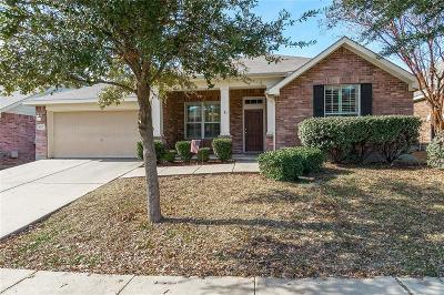 Watauga Single Family Home For Sale: 8237 Lauren Way