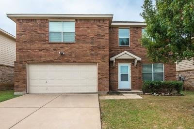 Fort Worth Single Family Home For Sale: 2128 Benning Way