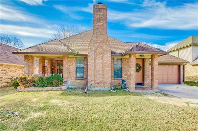 Arlington Single Family Home For Sale: 6004 Meadowside Trail