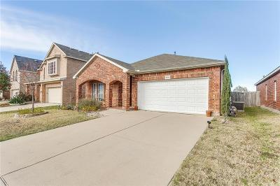 Fort Worth Single Family Home For Sale: 4808 Barberry Tree Cove