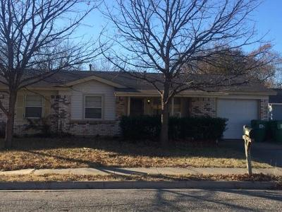 Denton Single Family Home For Sale: 3321 Sunnydale Lane