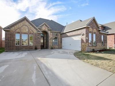 Mesquite Single Family Home For Sale: 2325 Amesbury Drive